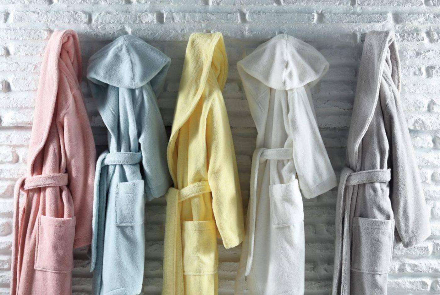 Как выбрать качественный халат для бани?